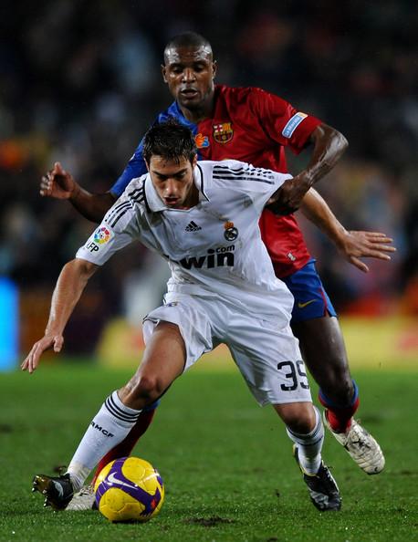 Eric+Abidal+Barcelona+v+Real+Madrid+La+Liga+adjJdvtwfb8l.jpg